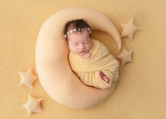 I was so happy when we got this photo of my new moon and stars prop from @sugarbabyphotoprops . This little angel loved being wrapped and slept the majority of her session!! . . . . Make sure to hit FOLLOW on my account and turn on post notifications by clicking the 3 dots in the corner to keep seeing these beautiful families and babies!! Also feel free to tag your friends and loved ones in my images to help me reach a higher audience. You can do this by either using the hastag…