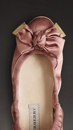 Burberry Comfy Satin Ballerina... pure comfort after a hard day! ; )