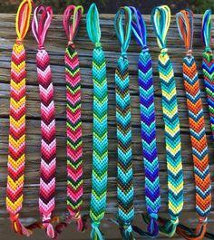 Diy Bracelets With String, String Bracelet Patterns, Diy Bracelets Patterns, Diy Bracelets Easy, Thread Bracelets, Bracelet Crafts, String Bracelet Designs, Beaded Bracelets, Diy Friendship Bracelets Tutorial