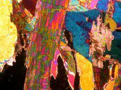 Tourmaline In Xpl Mineralogy Tourmaline Minerals
