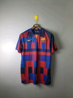 Veja nosso novo produto Camisa Barcelona Especial 20 Anos nike 18 19 ! Se  gostar 80935900dcd85