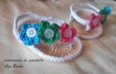 sandalias de bebe ganchillo crochet algodon y botones hecho a mano a ganchillo