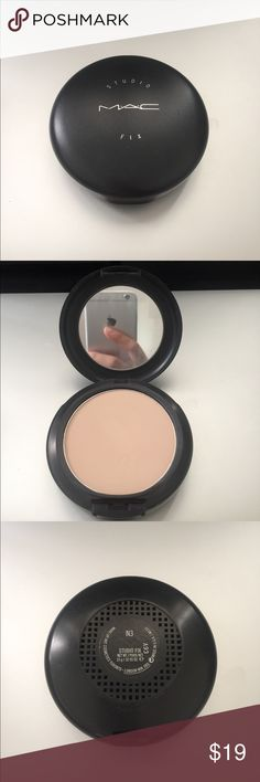 MAC Studio fix powder plus foundation A one-step powder and foundation that provides a matte texture with medium to full coverage in color N3. Don't have original sponge. MAC Cosmetics Makeup Face Powder