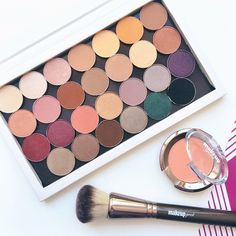 Shot by Hllohlly via Instagram showing off her new Makeup Geek products! Show us your shots using #MakeupGeek!