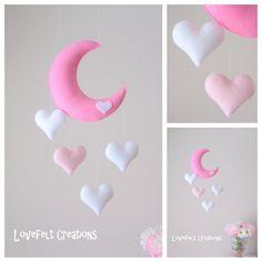 Bebé móvil mobile Luna corazones móviles por lovefeltmobiles