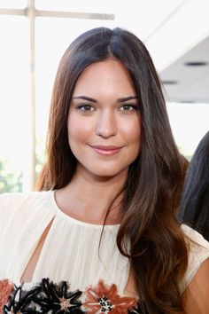 Wallpapers of Odette Annable At Tory Burch Fashion Show In New York - HD Photos Hot Brunette, Brunette Beauty, Hair Beauty, Odette Annable, Brunette Actresses, Rachael Taylor, Actrices Hollywood, Jessica Biel, Cute Beauty