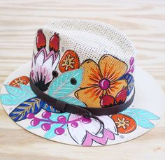 Hand painted hat by Painted Hats, Painted Clothes, Hand Painted, Hat Decoration, Paint Shirts, Dont Kill My Vibe, Dream Art, Tye Dye, Hats For Women