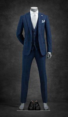 🖤 Men Suit Style with Complete Outfit 🖤 Dapper Suits, Men's Suits, Cool Suits, Stylish Men, Men Casual, Blue Suit Men, Designer Suits For Men, Men Formal, Mens Fashion Suits