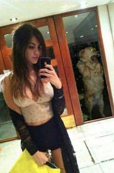 People tend to laugh at those girls who take selfies all day every day. I mean, honestly, they can get pretty frustrating. This girl's dog was definitely tired of her selfies. Funny Cute, The Funny, Crazy Funny, Tierischer Humor, Whatsapp Videos, Video Humour, Perfectly Timed Photos, Daily Funny, Just For Laughs