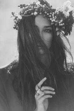 Bohemian, boho, hippie, flower child, gypsy, fashion, flower head wreath via Tumblr
