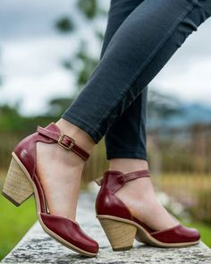 These beauties are from Calzado Lazo footwear made in Costa Rica.
