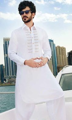 Best Menswear Shalwar Kameez & Kurta Designs 2018 | BestStylo.com Latest Kurta Designs, Latest Dress Design, Gents Kurta Design, Boys Kurta Design, Kurta Pajama Men, Kurta Men, Indian Fashion Modern, African Men Fashion, Man Dress Design
