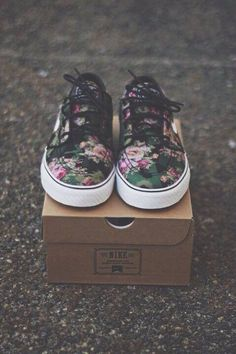 66fed985d0 I think they would look great with a pair of shorts  D Hipster Shoes