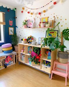 'ello YOU 👋🏻 Sending some humid love from Indiana, where we're shagged up in the cutest little Inn - in what feels like the actual bush 😀… Playroom Decor, Kids Decor, Nursery Decor, Playroom Ideas, Childrens Room Decor, Rainbow Room, Toddler Rooms, Toy Rooms, Big Girl Rooms