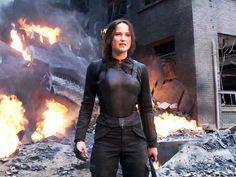 Jennifer Lawrence Looks Fierce in Final Mockingjay Trailer (VIDEO) http://www.people.com/article/final-hunger-games-mockingjay-trailer