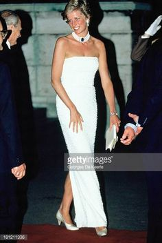 Diana Princess of Wales attends a State Banquet at Parliament Building during her official visit to Hungary on May 8 1990 in Budapest HungaryThe...