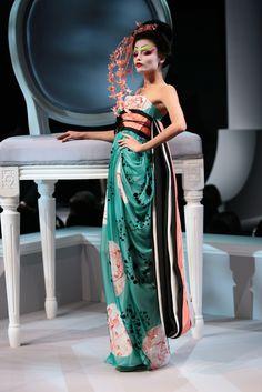 Natasha Poly au défilé Christian Dior printemps-été 2007 http://www.vogue.fr/thevoguelist/dior/150#