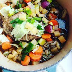 Hei folkens! En stund siden sist nå   I dag er det langtidsstekt lammegryte til middag min favoritt nå på høsten  En skikkelig god gryte en vel den beste høstmaten?!