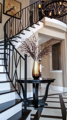 Most people dream of a big house with two or more floors. SelengkapnyaTop 10 Unique Modern Staircase Design Ideas for Your Dream House Wrought Iron Stair Railing, Stair Railing Design, Staircase Railings, Modern Staircase, Stair Case Railing Ideas, Glass Stair Railing, White Staircase, Curved Staircase, Spiral Staircases