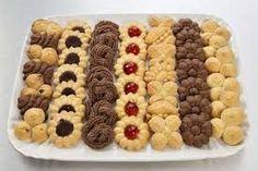 Návody na různá těsta do lisu na takovéto krásné sušenky Christmas Night, Magical Christmas, Dog Food Recipes, Cookie Recipes, Cookie Exchange, Love Cake, Holiday Cookies, Gingerbread Cookies, Sweet Tooth