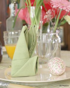 Entzuckend Bunny Napkin Fold · Servietten FaltenBankettTischdekorationen .