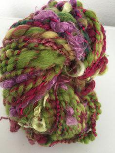 Echeveau de laine filée au rouet : Mercerie par la-laine-de-fanfan