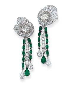 A PAIR OF EMERALD AND DIAMOND EAR PENDANTS, BY STERLÉ