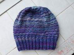 This is a very simple pattern using texture to create a thermal hat that can be made as a beanie or by adding more repeats, a slouchier version. Great for handspun yarn!