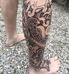 "1,103 Likes, 12 Comments - Sean Parry (@sacred_knot_tattoo) on Instagram: ""Here's a angle on Williams leg sleeve. It's far from done, but we did quite a lot in three days I…"""