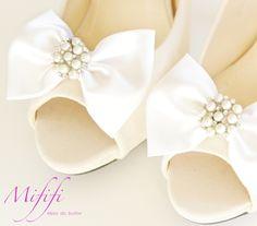 Białe Kokardy z perełkami-klipsy do butów Mififi - Mififi-klipsy-do-butow - Klipsy do butów