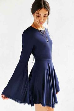 Absolutely have to try to DIY the bell sleeve this fall/winter. Ecote Sascha Bell Sleeve Dress