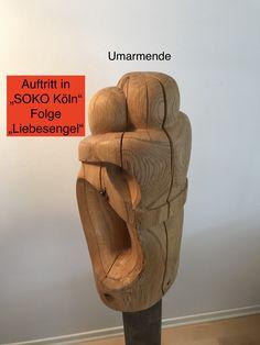 """Meine Skulptur """"Umarmende"""" ist jetzt auch im Fernsehen zu sehen. Das ZDF hat sie für die Folge """"Liebesengel"""" der Serie """"SOKO Köln"""" gemietet. Die Skulptur ist mehrfach in den Minuten 1:45 bis 2:45 und 6:00 bis 6:45."""