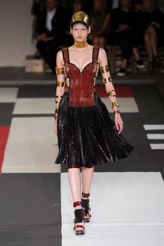 Alexander McQueen Spring 2014: Warriors Come Out and Play: Alexander McQueen Spring 2014