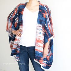 Come check out this easy kimono cardigan tutorial, so cute and simple enough to make!