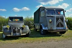 Citroën 2CV and Type H #Citroën #CitroMobile #ClassicCar