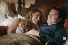 """Hélène Joy & Yannick Bisson in """"Cometh the Archer"""" Murdock Mysteries, Death In Paradise, Detective Shows, Great Tv Shows, Great Stories, Best Tv, Tv Series, Mystery, Kiss"""