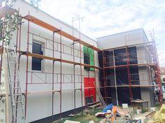 To nie je len tak, postaviť nejakú stavbu. Vždy je za krásnym projektom veľa úsilia, trpezlivosti a námahy.:)