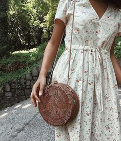 Cute Outfits To Wear This Spring - Fashion Moda 2019 Look Fashion, Retro Fashion, Fashion Beauty, Fashion Tips, Fall Fashion, Mode Style, Style Me, Elegante Y Chic, Mode Vintage
