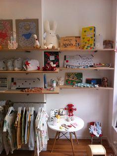 Boutique Piou Piou, Bruxelles, Belgique. Sélection fine et éco-friendly pour bébés, enfants et parents.
