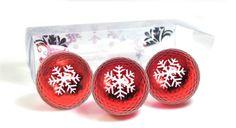 Holiday Metallic Bling Golf Balls! Available on Navika.com and Amazon.com #golfgiftideas #navika #golflover #golfballs #bling #metallicgolfballs