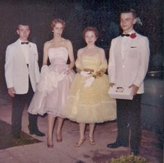 Schmidt, Great Costume Ideas, Prom Queens, Vintage Prom, Prom Night, Hairspray, Old Pictures, Fashion Photo, 1960s
