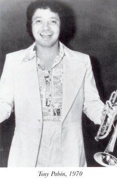 Tony Pabon nacído en el año de 1940 en San Juan, Puerto Rico en la calle del sol y la luna, eso que Willie Colón cantaba: calle luna, calle sol; calle luna, calle sol. Ahí mismo en la esquina. Crea la banda de procedencia Puertoriqueña La Protesta.una de las ms prolificas de los años 70, luego la llamaria All Star..uno de los mas prolificos compositores de los 70.