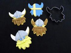 via Gift Chalet Dragon Cookies, Viking Baby, Cartoon Cookie, Norwegian Christmas, Twin First Birthday, Dragon Party, How To Train Your Dragon, Felt Ornaments, Cookie Decorating