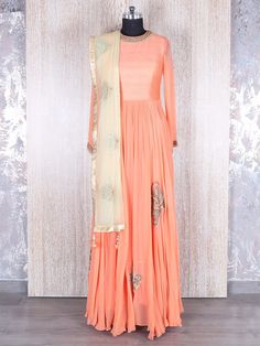 Peach Georgette Ready Made Anarkali Suit  Product Code: G3-WSS12149 Fabric: Georgette Color: Peach