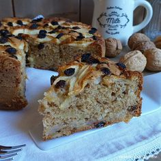 torta strudel noci mela uvetta ✫♦๏☘‿SU Oct ༺✿༻☼๏♥๏写☆☀✨ ✤ ❀‿❀ ✫❁`💖~⊱ 🌹🌸🌹⊰✿⊱♛ ✧✿✧♡~♥⛩ ⚘☮️❋⋆☸️ ॐڿ ڰۣ(̆̃̃❤⛩✨真♣ ⊱❊⊰ ✤. Tortilla Sana, Sweet Recipes, Cake Recipes, Blackberry Cake, Cinnamon Cake, Torte Cake, Plum Cake, New Cake, Healthy Cake