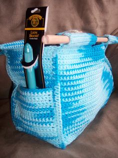 crochet-anywhere tote