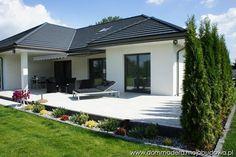 blog budowlany - mojabudowa.pl House Layout Plans, Garage House Plans, Family House Plans, Craftsman Style House Plans, Dream House Plans, Bungalow Haus Design, Modern Bungalow House, House Design, Design Design