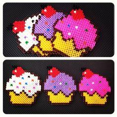 Cupcakes hama beads by nermingurtemel