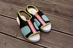 scuba fashion Future Islands, Little Darlings, Fashion Kids, Movie Stars, Flip Flops, Daughter, Sporty, Sandals, Funny