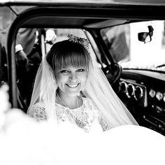 Vintage Braut, Mini , Vintage Hochzeit, Birgit Schulz Hochzeitsfotograf, Salzburg, www.birgitschulz.at Girls Dresses, Flower Girl Dresses, Mini, Romance, Christian, Bride, Wedding Dresses, Beauty, Instagram